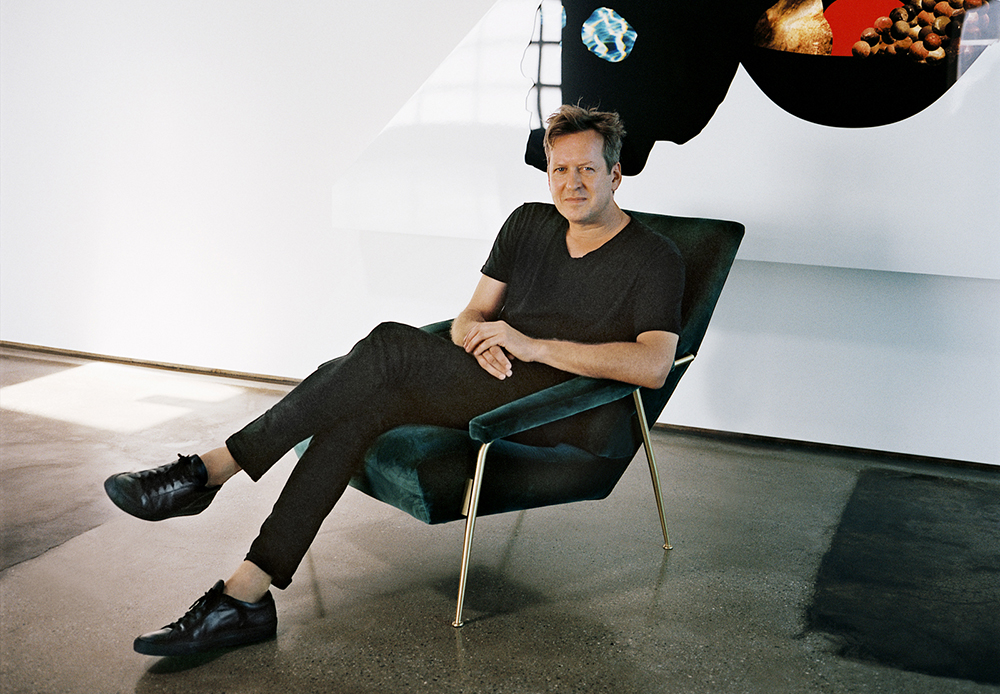 Doug Aitken, Photo courtesy of Molteni, ©Olivier Zahm