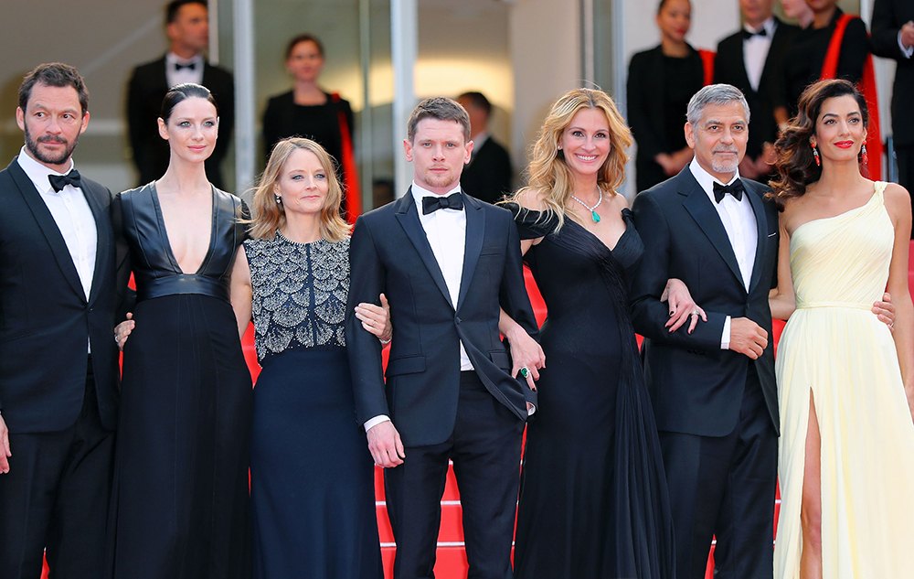 Pierre Lescure, Amal Clooney and the team of the film Money Monster  © Alberto Pizzoli / AFP