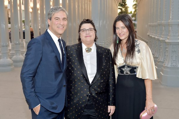 LACMA CEO and Wallis Annenberg Director Michael Govan, wearing Gucci; honoree Catherine Opie, wearing Gucci; and Katherine Ross, wearing Gucci, attend 2018 LACMA Art + Film Gala honoring Catherine Opie and Guillermo del Toro presented by Gucci at LACMA on November 3, 2018 in Los Angeles, California. (Photo by Stefanie Keenan/Getty Images for LACMA)