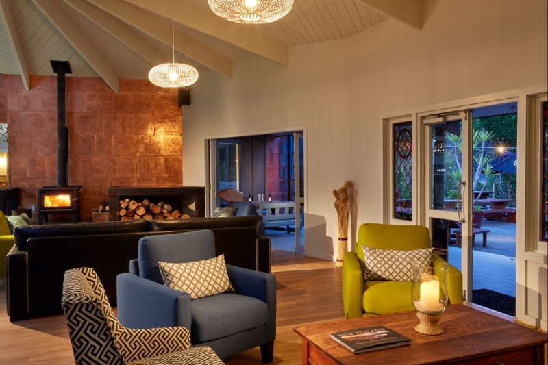 Awaroa Lodge Lounge-rsz .jpg