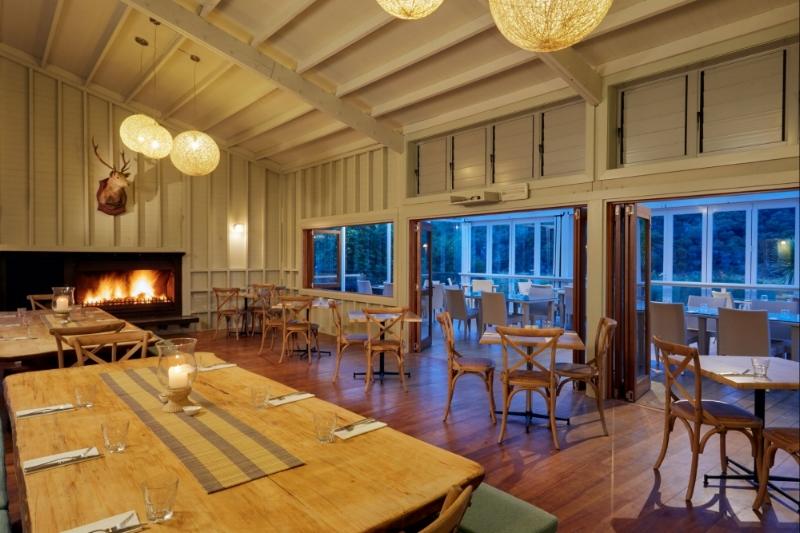 Awaroa Lodge Dining Harakeke and Conservatory-rsz.jpg