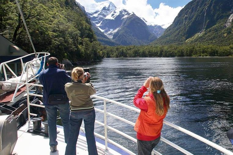 Fiordland L scenic.jpg