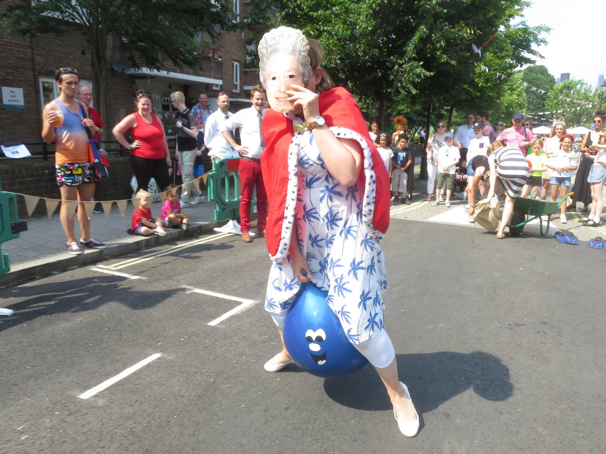 wacky races queen mask.JPG