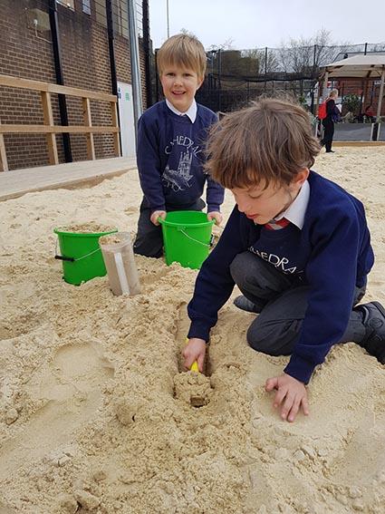 kids sandpit egg hunt 2019 small.jpg