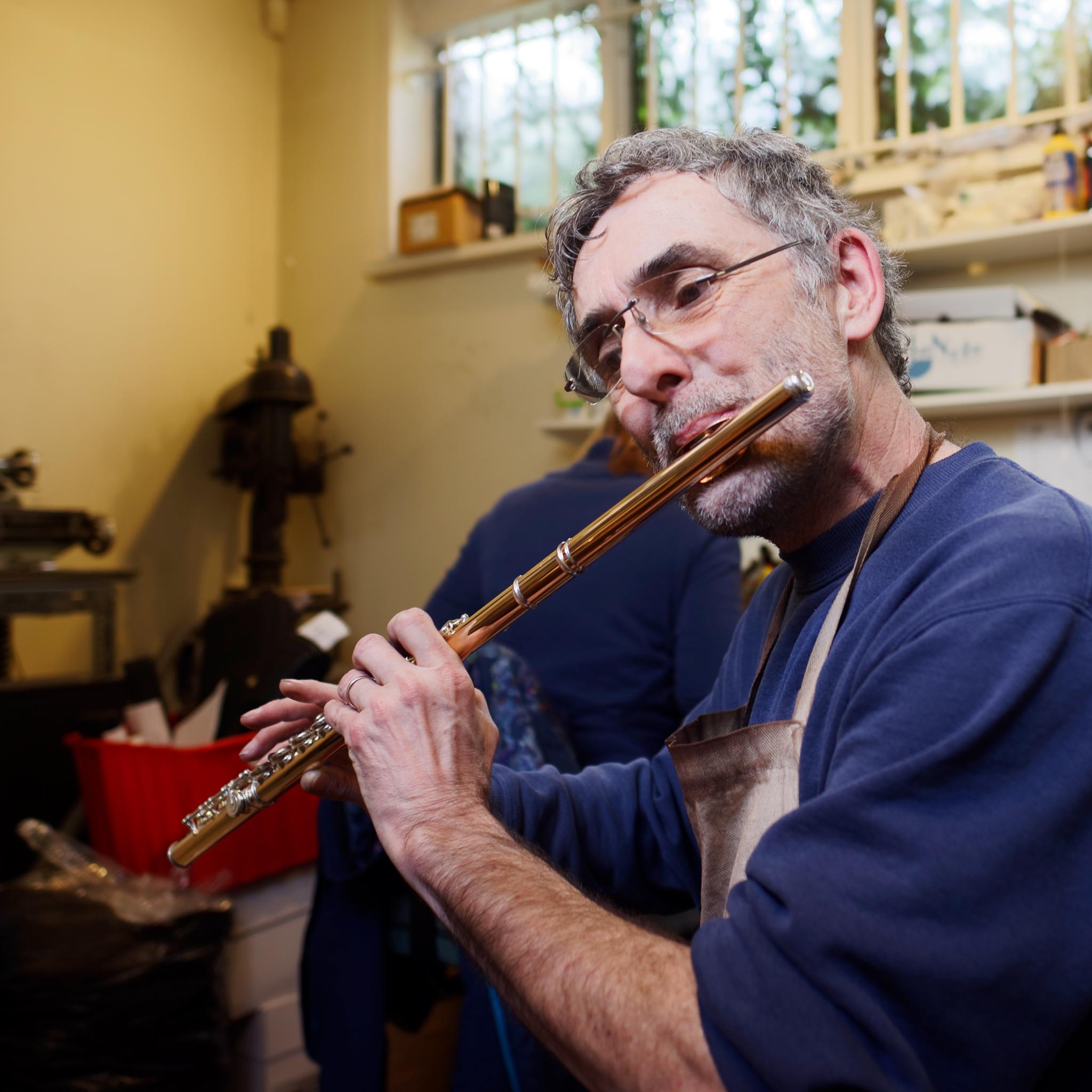 Ian, Flute repairer