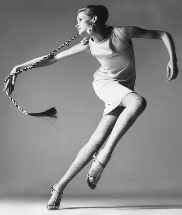 Richard Avedon –   Verushka and dress by Kimberly, New York 1967