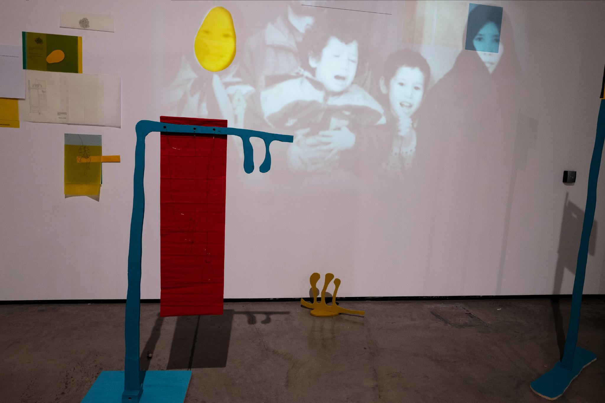 Orna Kazimi, Death starts from the right toe  -Mixed media installation; 2018