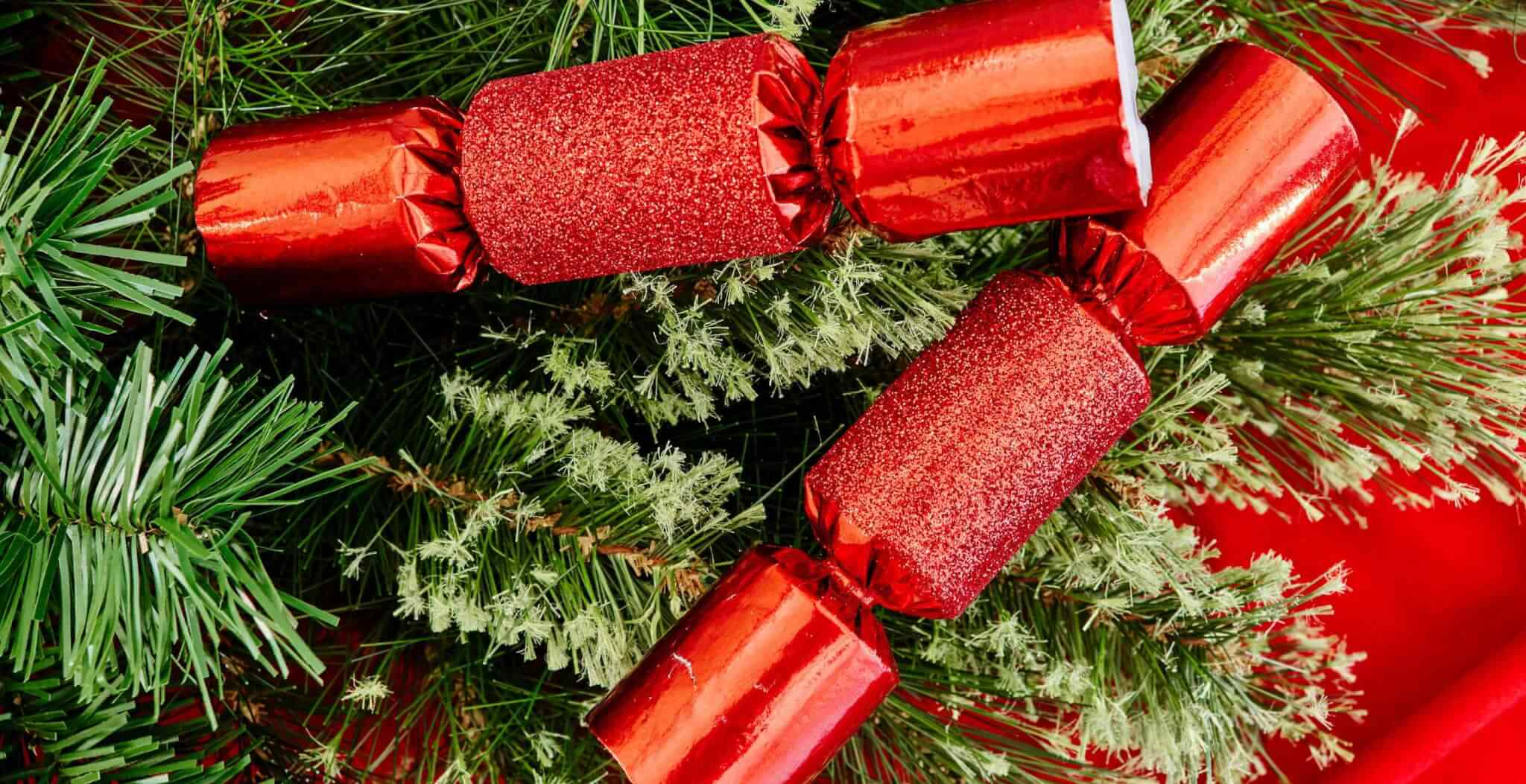 christmas-crackers.jpg