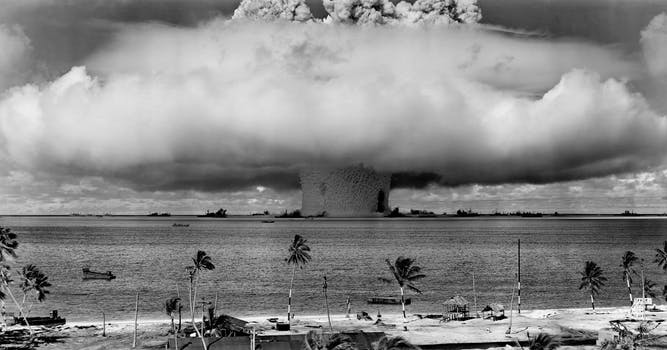"The underwater ""Baker"" nuclear explosion at Bikini Atoll, on July 25th, 1946.  Library of Congress the United States Department of Defense"