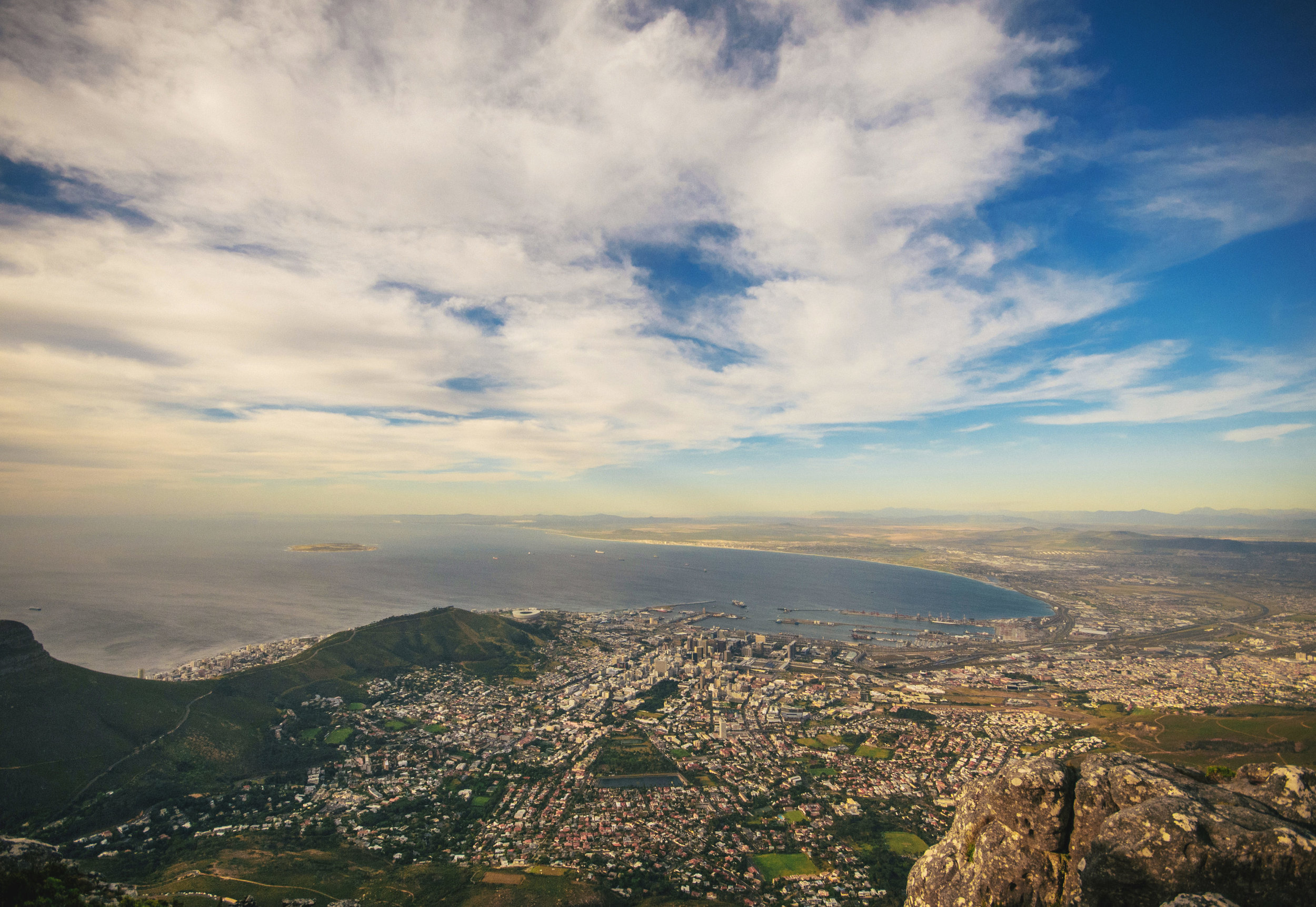 CAPE TOWN BOUNCE TOUR - 1 Day. 3 Activities. Countless memories. Come and play in Africa's most vibrant city.VIEW TOUR DETAILS