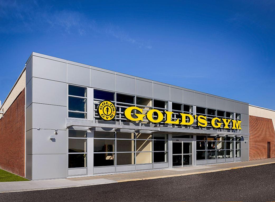 Gold_Gym_ext-min.jpg