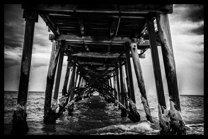 Black and white-42.jpg