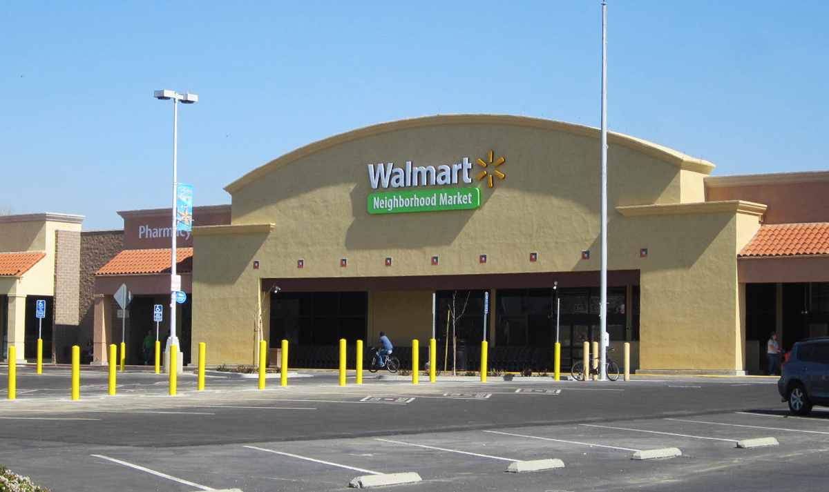 Simi Valley, CA <strong> Former Von's Grocery Store</strong>