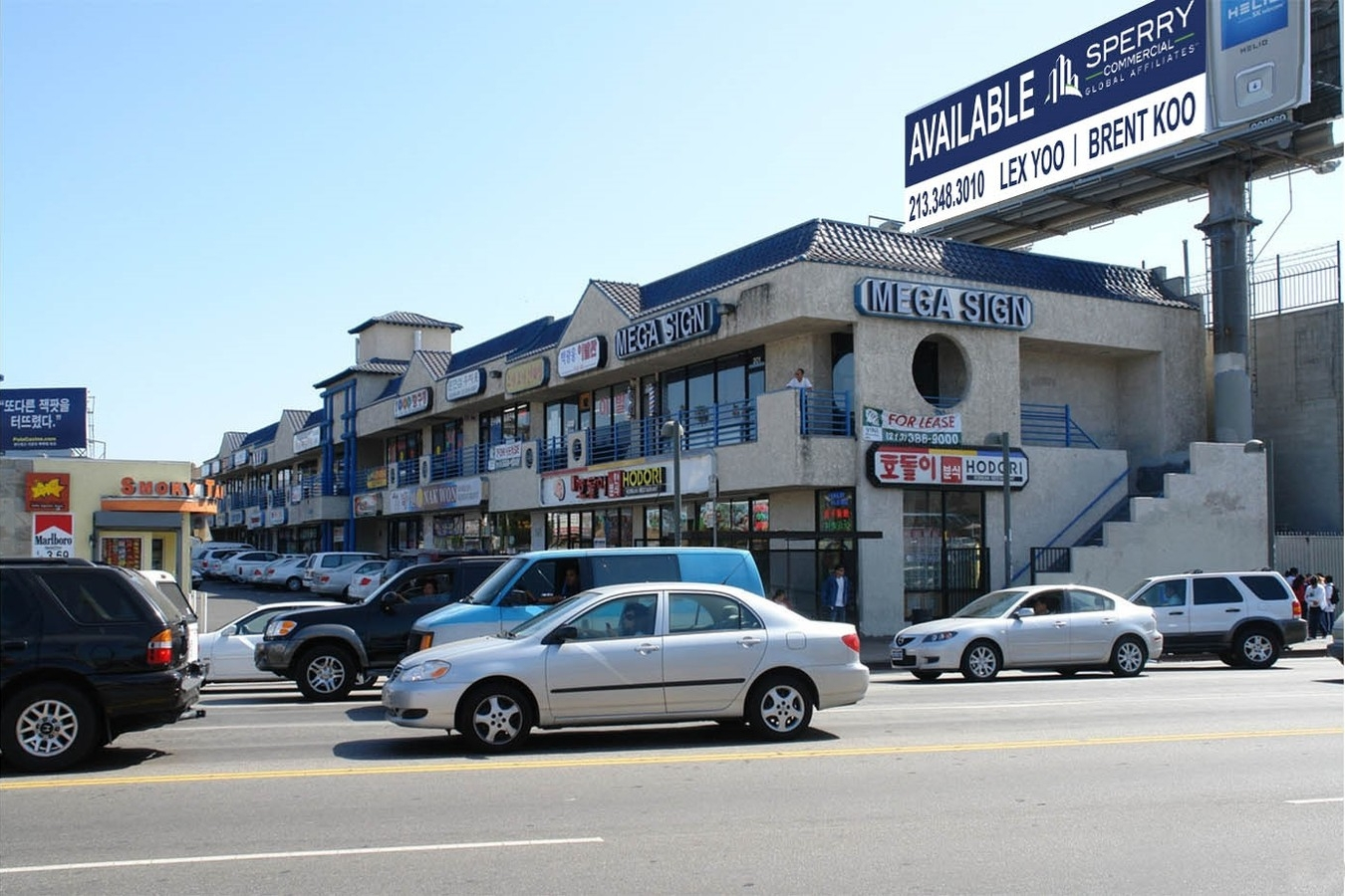 1001 South Vermont Avenue,Los Angeles, CA 90006 - LEASE RATE: $ 2.00/ SF/ +NNNGLA: +/- 23,612 SF- High Traffic Corner Retail Plaza in Koreatown.- On-site Security.- Large Parking Lot.