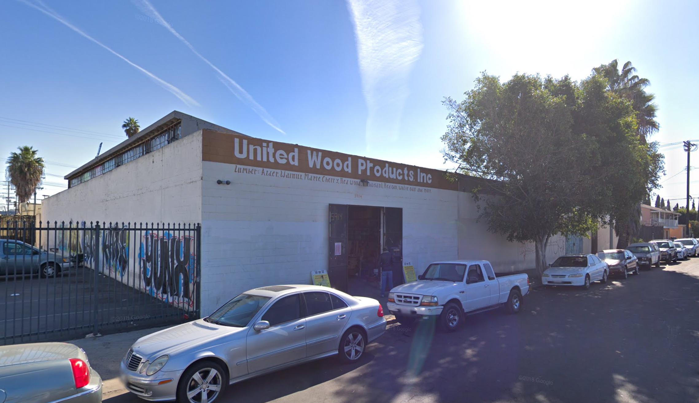 5914-5920 Mettler Street,Los Angeles, CA 90003 - LEASE RATE: $ 10.80/ SF/ YRRBA: +/- 15,000 SF