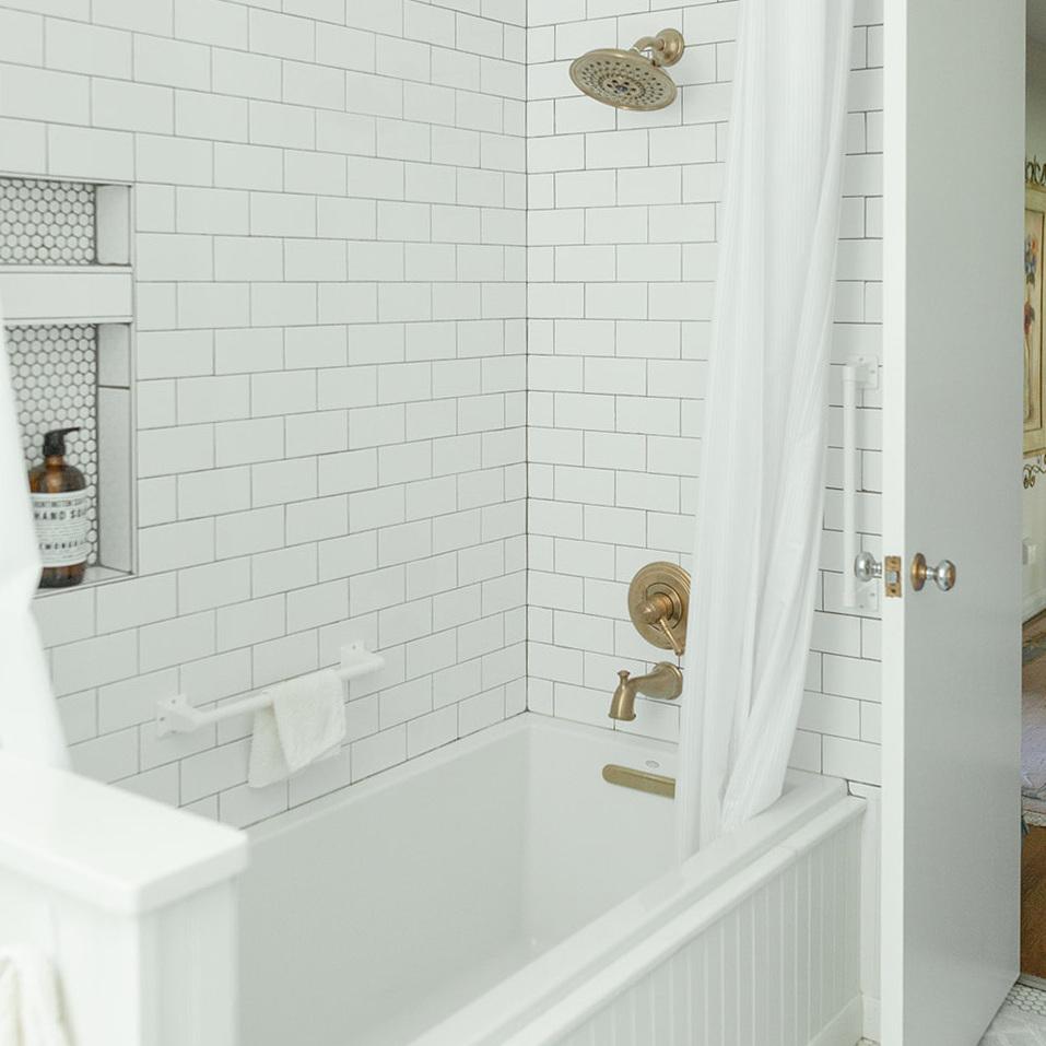 A Country Modern Bathroom -