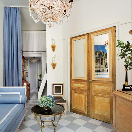 A Francophile Studio -