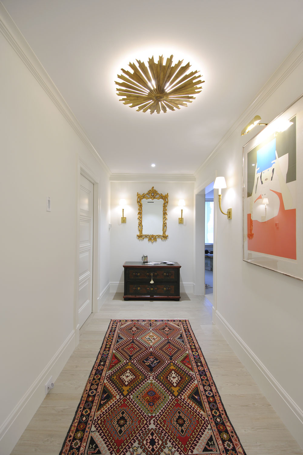 Timeless Traditional Home Master Bedroom Foyer