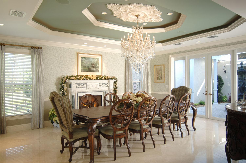 Plantation Home Dining Room