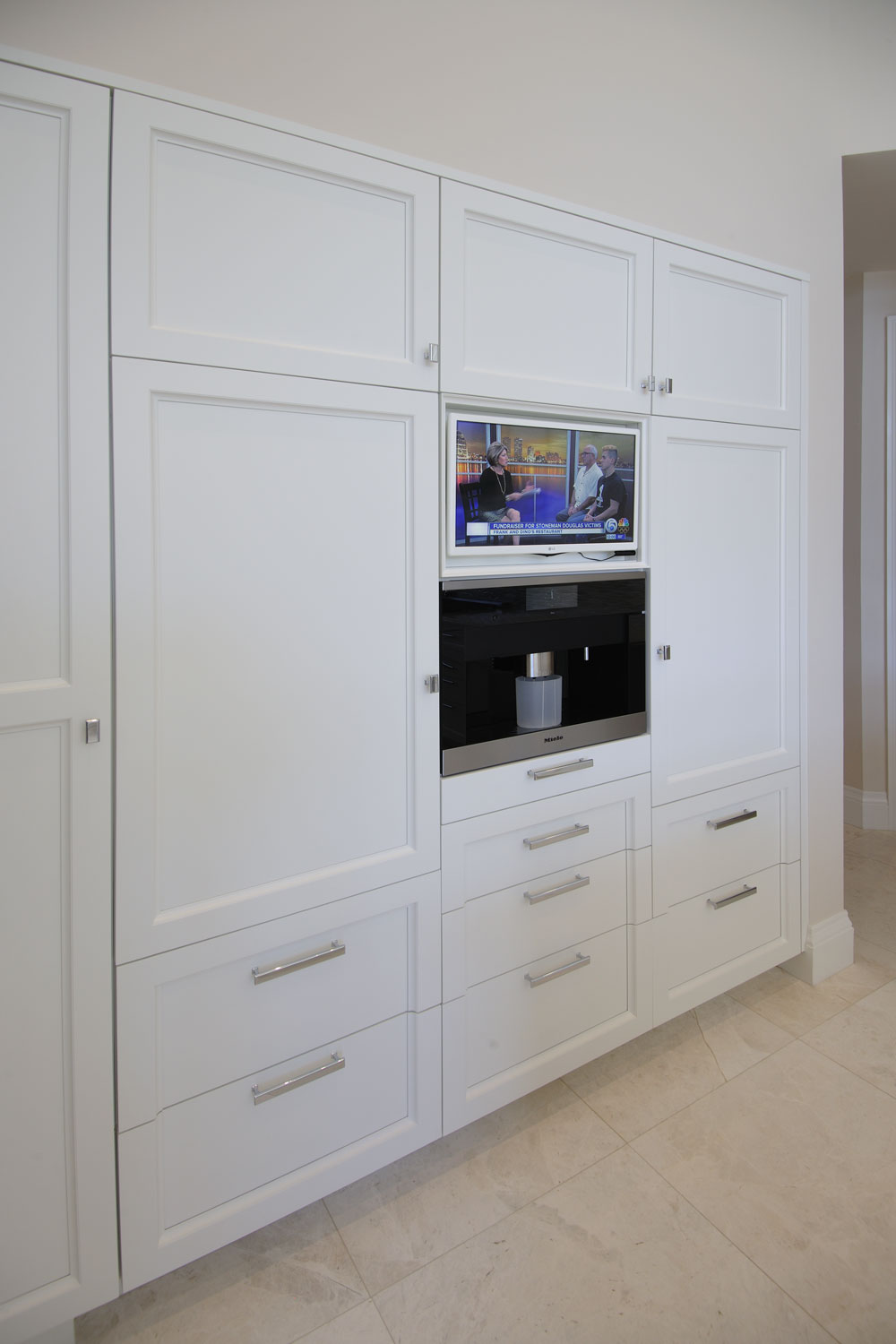 Resort Home Kitchen Cabinets