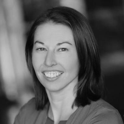 EILEEN LOWRY  Global Program Director, IBM Blockchain Labs
