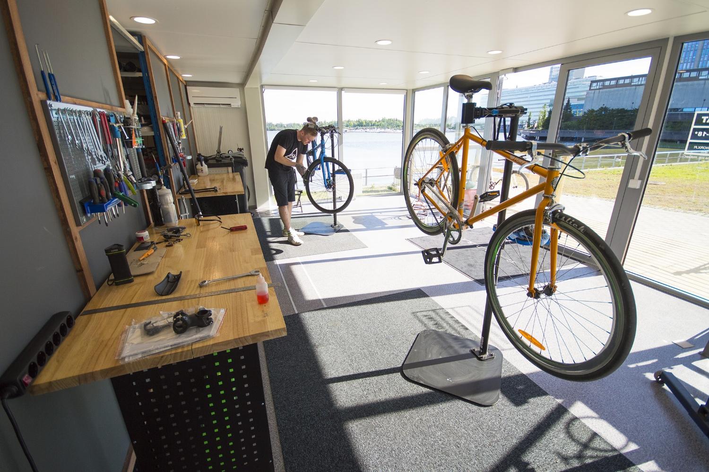 pyörähuollon sisätilat