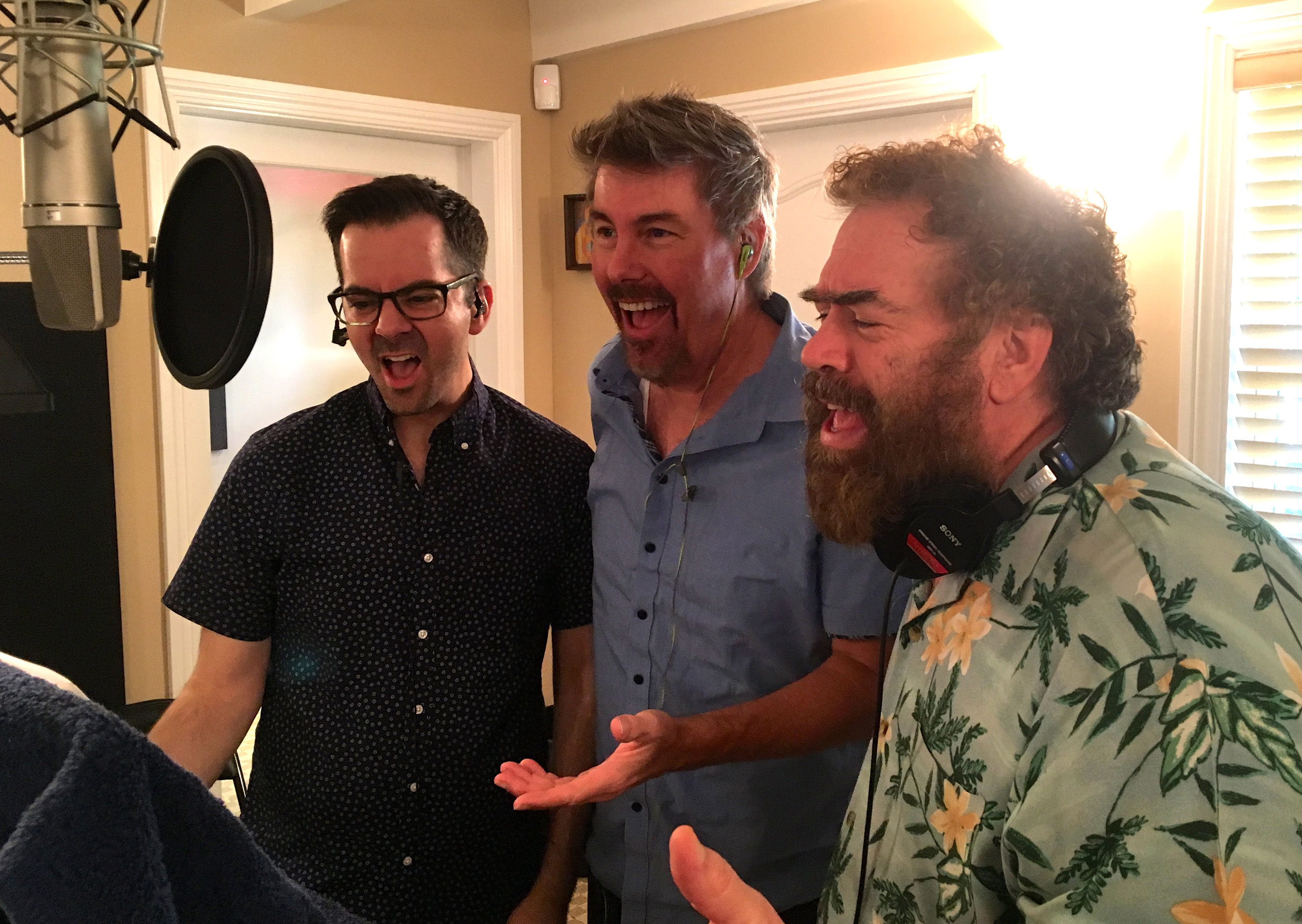 Singing dudes: Fletcher Sheridan, Jeff Gunn, Randy Crenshaw
