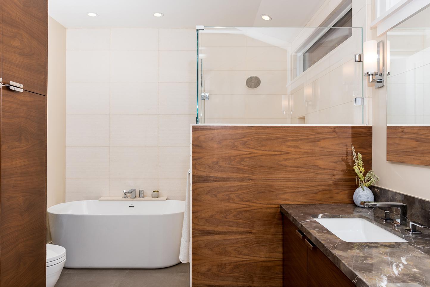 STL-Bathroom.jpg