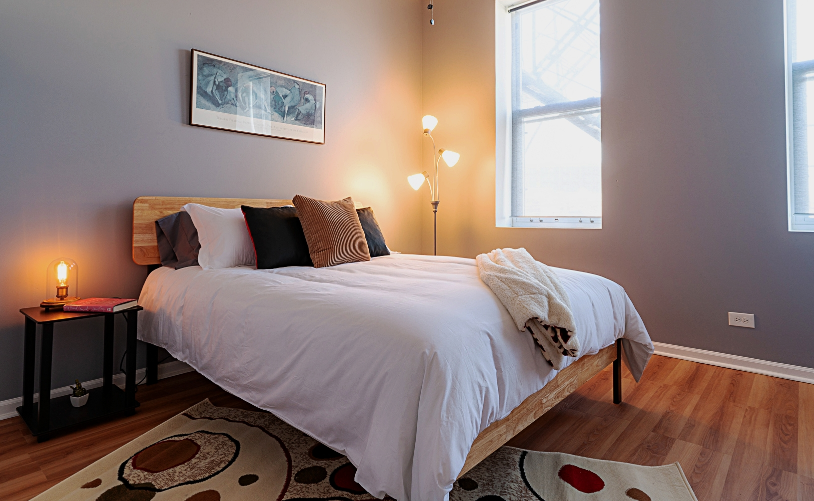 Brillo Stratus Suite (2 bedroom) - Pilsen neighborhood - Chicago, IL