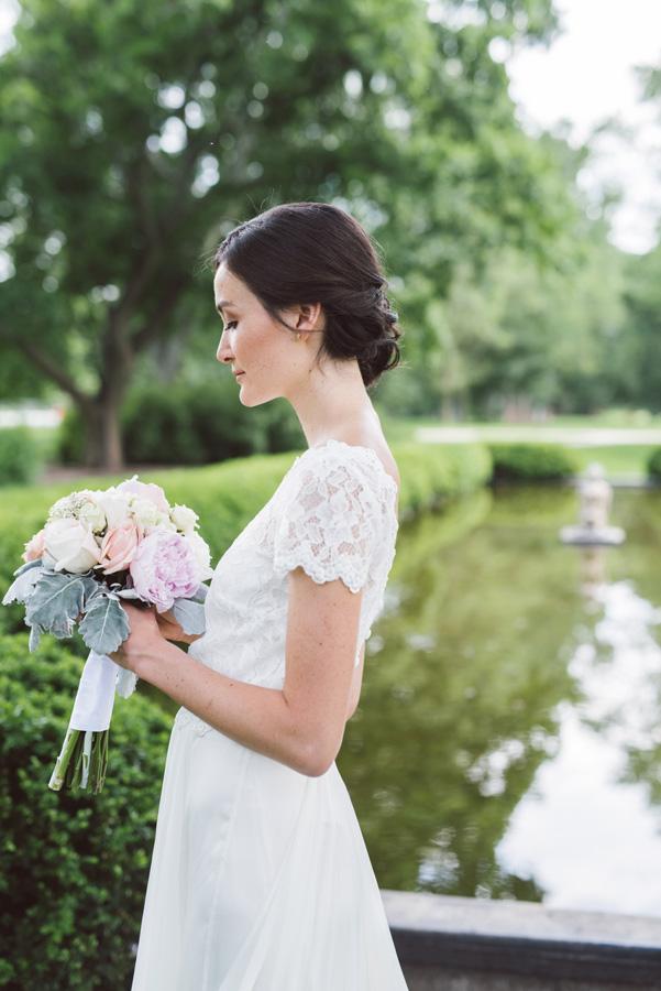 Portrait of bride at Cantigny Park.