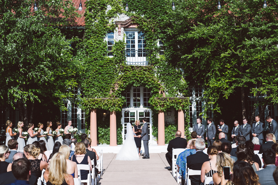 Wedding ceremony at Ravisloe Country Club.