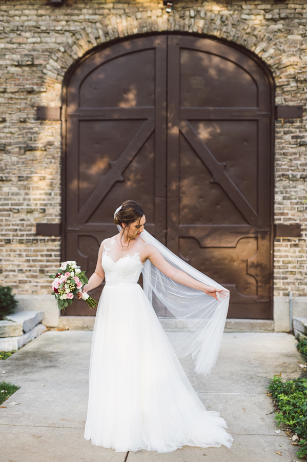 Winnetka Community House, Winnetka, IL. Wedding photography by Two Birds Photography. Classic, natural and film-like. Serving Chicago and the suburbs.