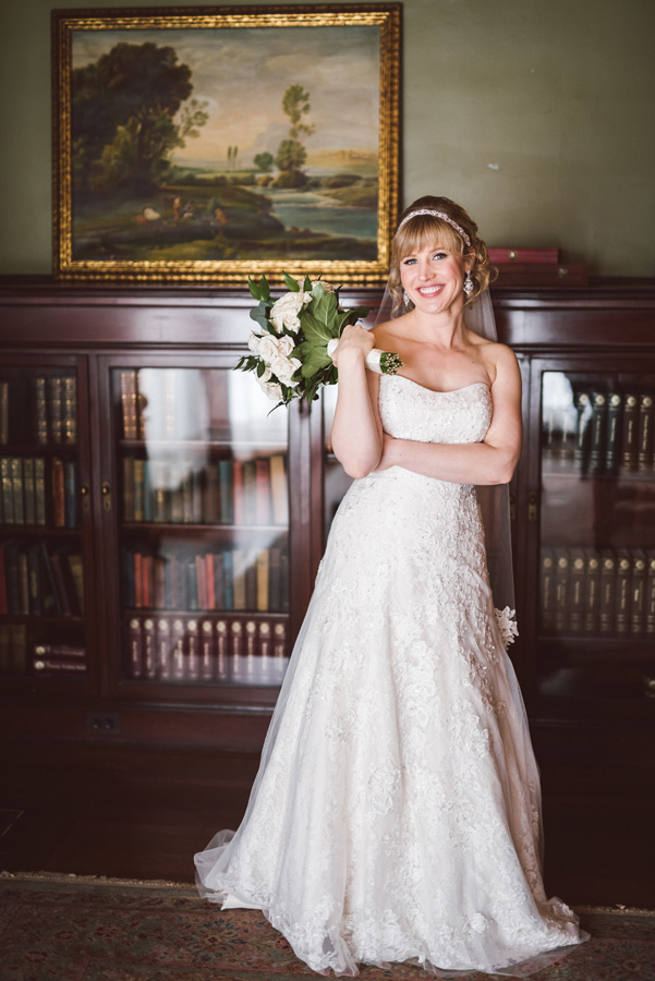 Portrait of bride at Pleasant Home.