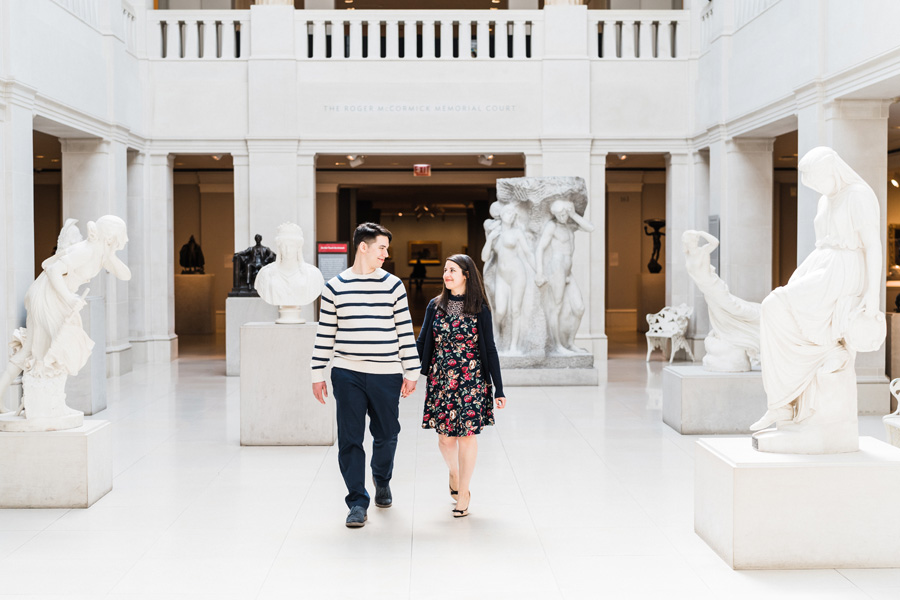Art Institute of Chicago. Engagement photography by Two Birds Photography. Classic, low-key, and natural. Serving Chicago and the subur