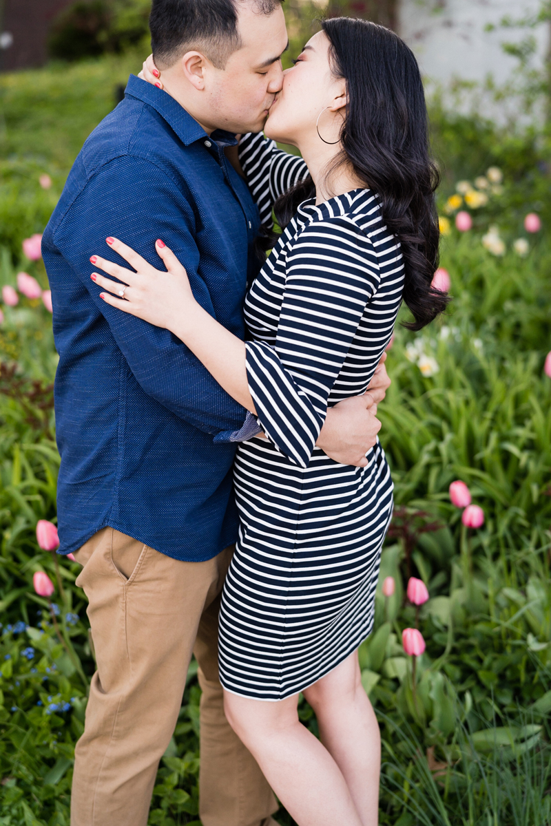 Lincoln Park Nature Boardwalk, Chicago, Illinois. Engagement photography by Two Birds Photography. Classic, low-key, and natural. Serving Chicago and the suburbs.