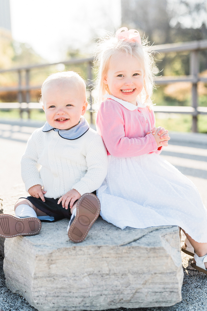 two_birds_photography_jacob_moreland_chicago_westmont_family_photographer_spring_May_Lincoln_Park03.jpg