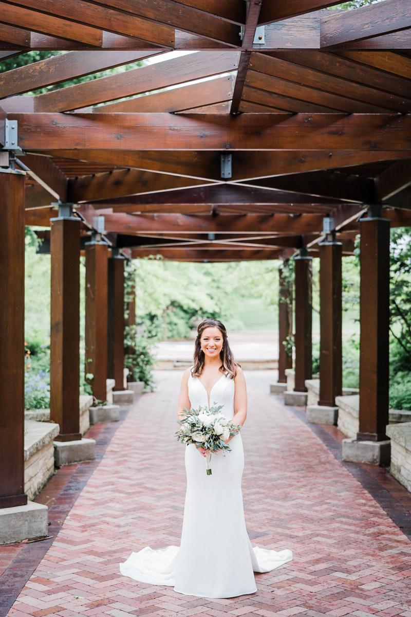 two_birds_photography_jacob_moreland_chicago_westmont_wedding_photographer_Independence_grove_june_summer_15.jpg