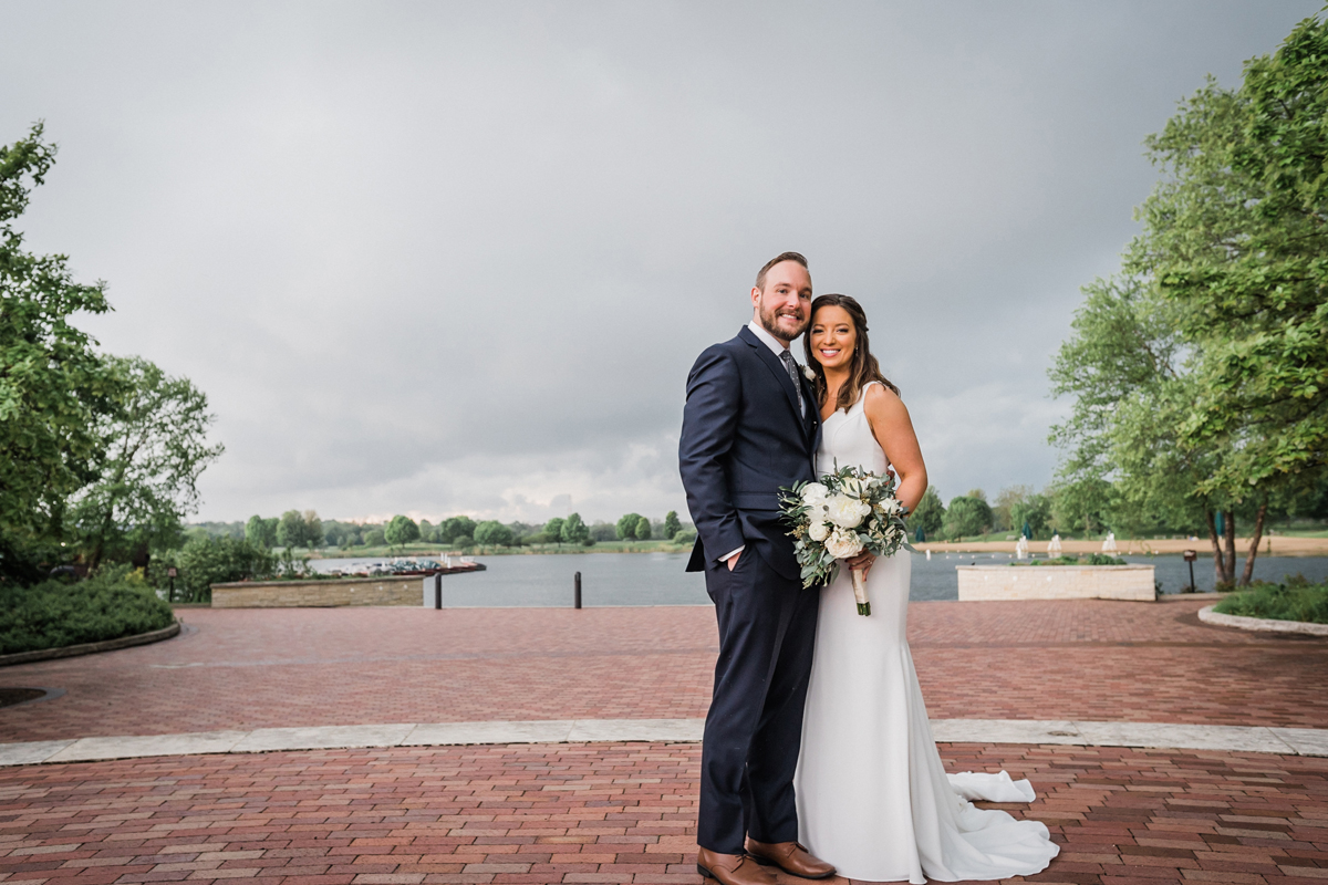 two_birds_photography_jacob_moreland_chicago_westmont_wedding_photographer_Independence_grove_june_summer_28.jpg