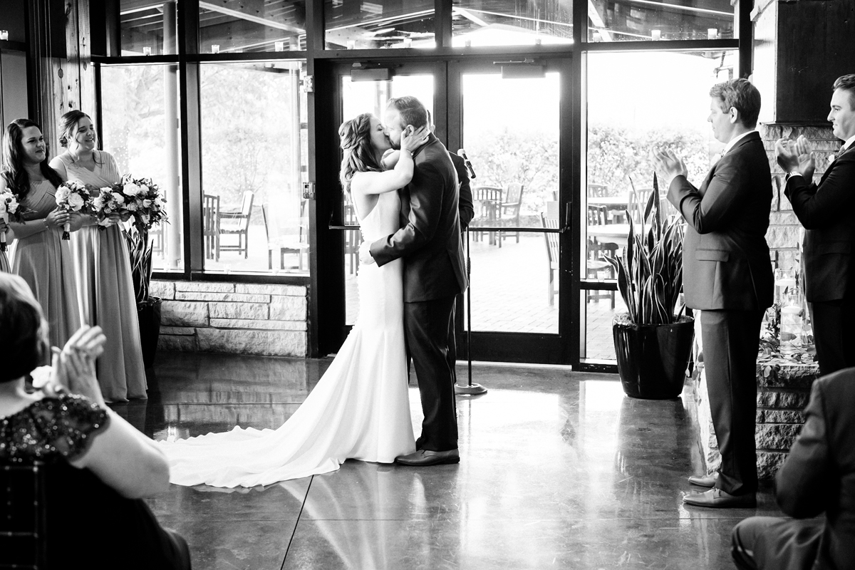 two_birds_photography_jacob_moreland_chicago_westmont_wedding_photographer_Independence_grove_june_summer_36.jpg