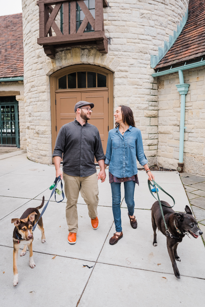 two_birds_photography_jacob_Moreland_westmont_chicago_photographer_dog_pet_portraits_engagement_promontory_point_07.jpg