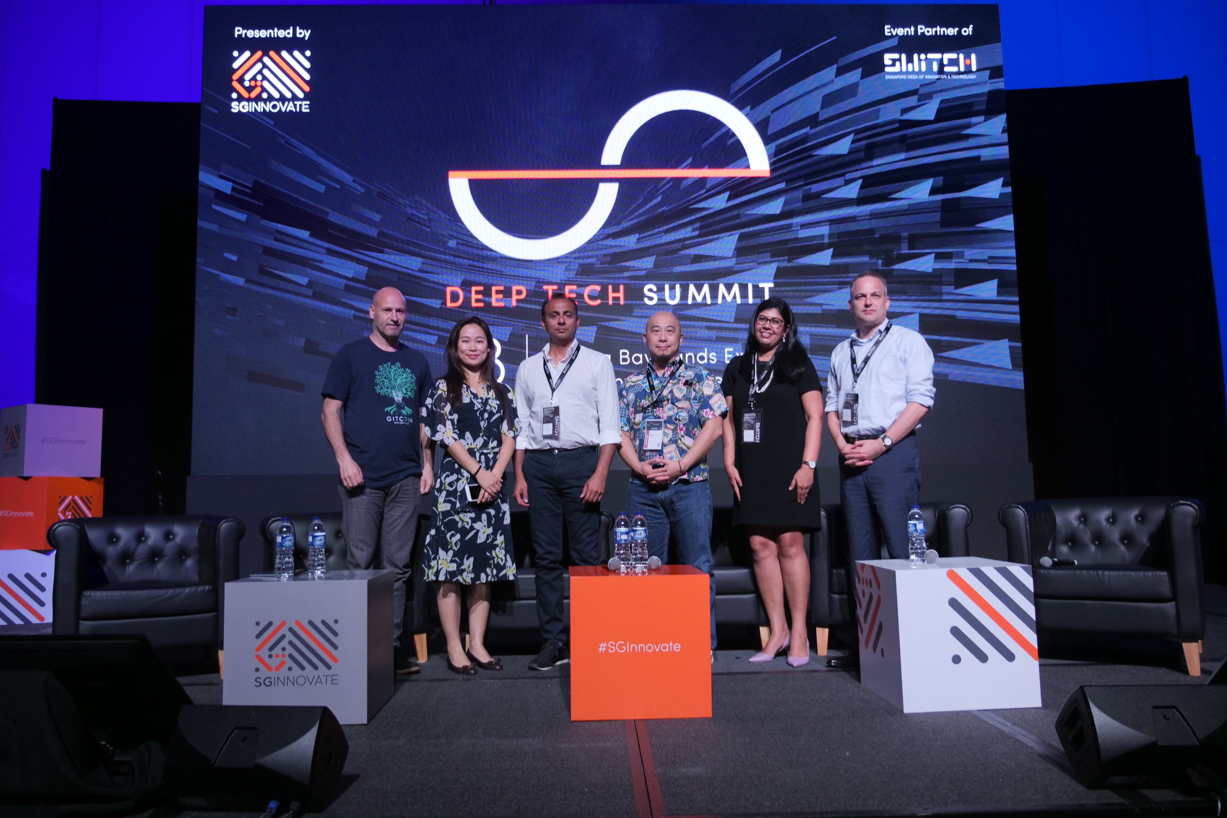 FROM LEFT: JOSEPH LUBIN COFOUNDER OF ETHEREUM AND FOUNDER/CEO OF CONSENSYS, MODERATOR EMMA CUI CEO LONGHASH SINGAPORE, HUMAYUN SHEIKH CEO AND FOUNDER OF FETCH.AI, MARTIN LIM CO-FOUNDER AND COO OF ELECTRIFY, MEETA VOUK DIRECTOR OF IBM RESEARCH CENTER AND SOEREN DUVIER MANAGING DIRECTOR OF BITA, ASIA.