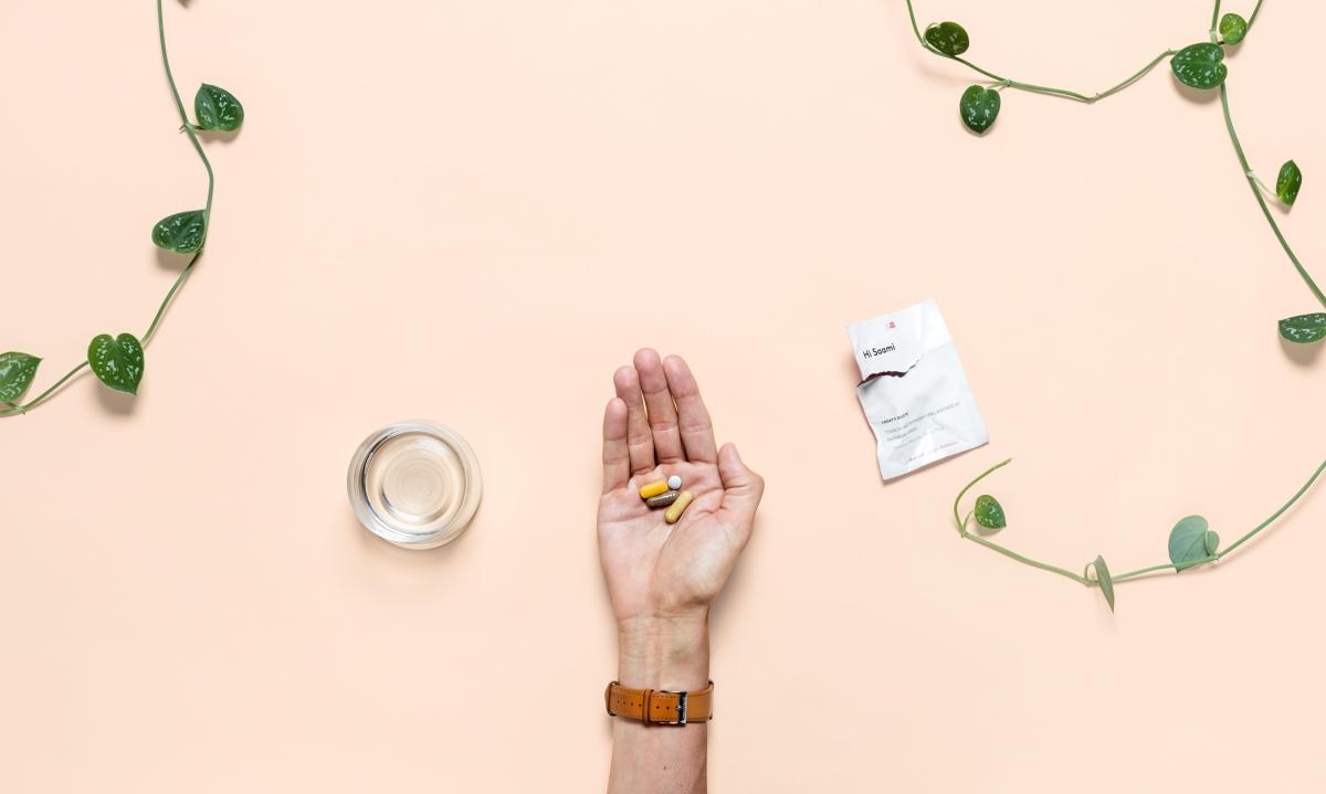 Hand-with-pills-e1487291954353-1200x719.jpg