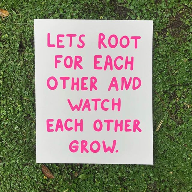 🌹 be useful, honest, and compassionate to others in helping them grow and GLOW #howyouglow Image by // @amberibarreche