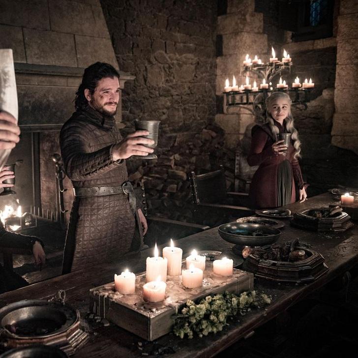 game-of-thrones-season-8-episode-4-tormund-jon-dany-toast-hs.jpg
