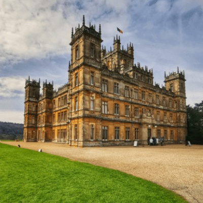 Visiting-Downton-Abbey-aka-Highclere-Castle_-What-You-Need-to-Know.jpg