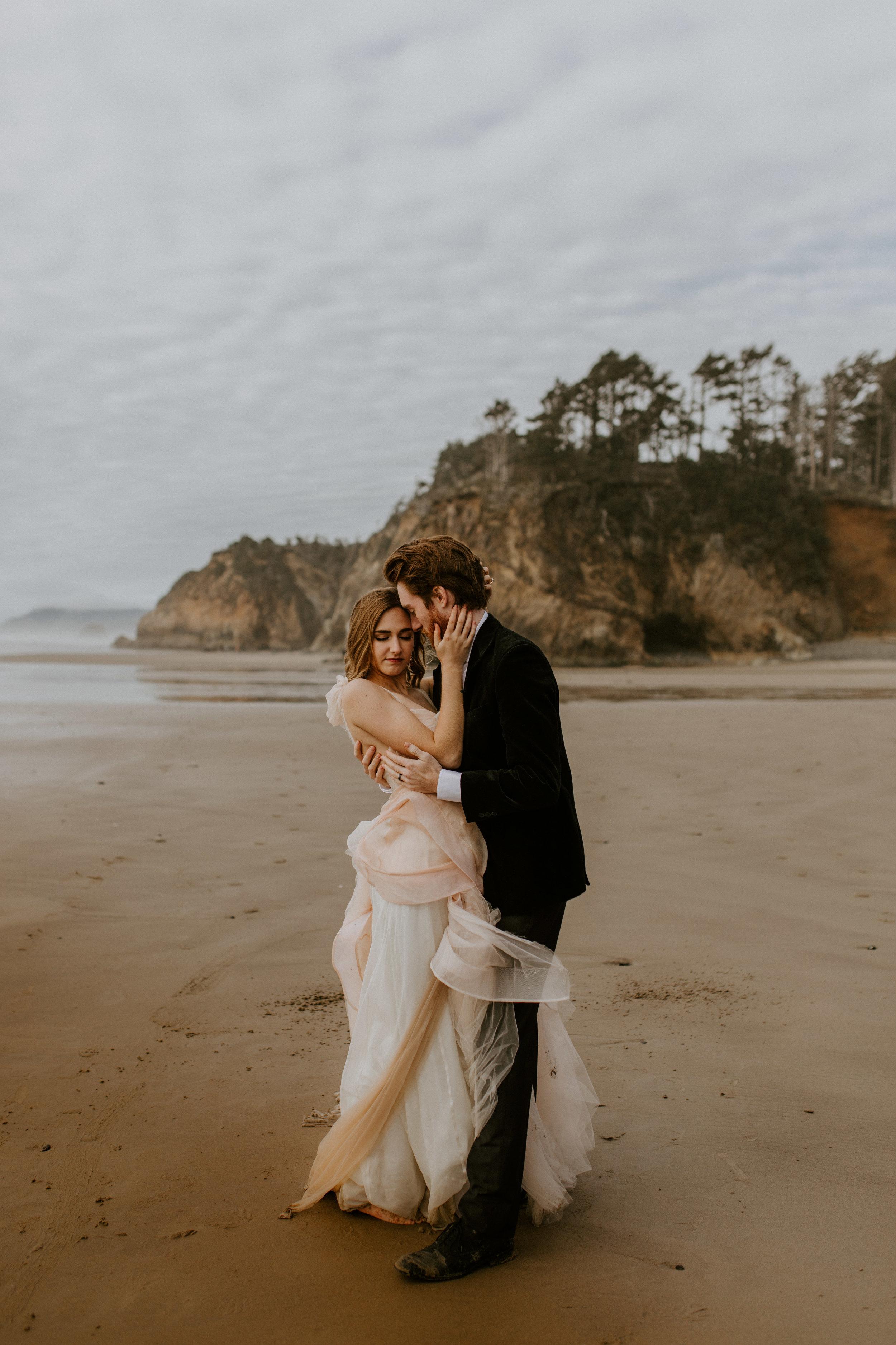 oregon_coast_elopement_brianna_swan-13.jpg