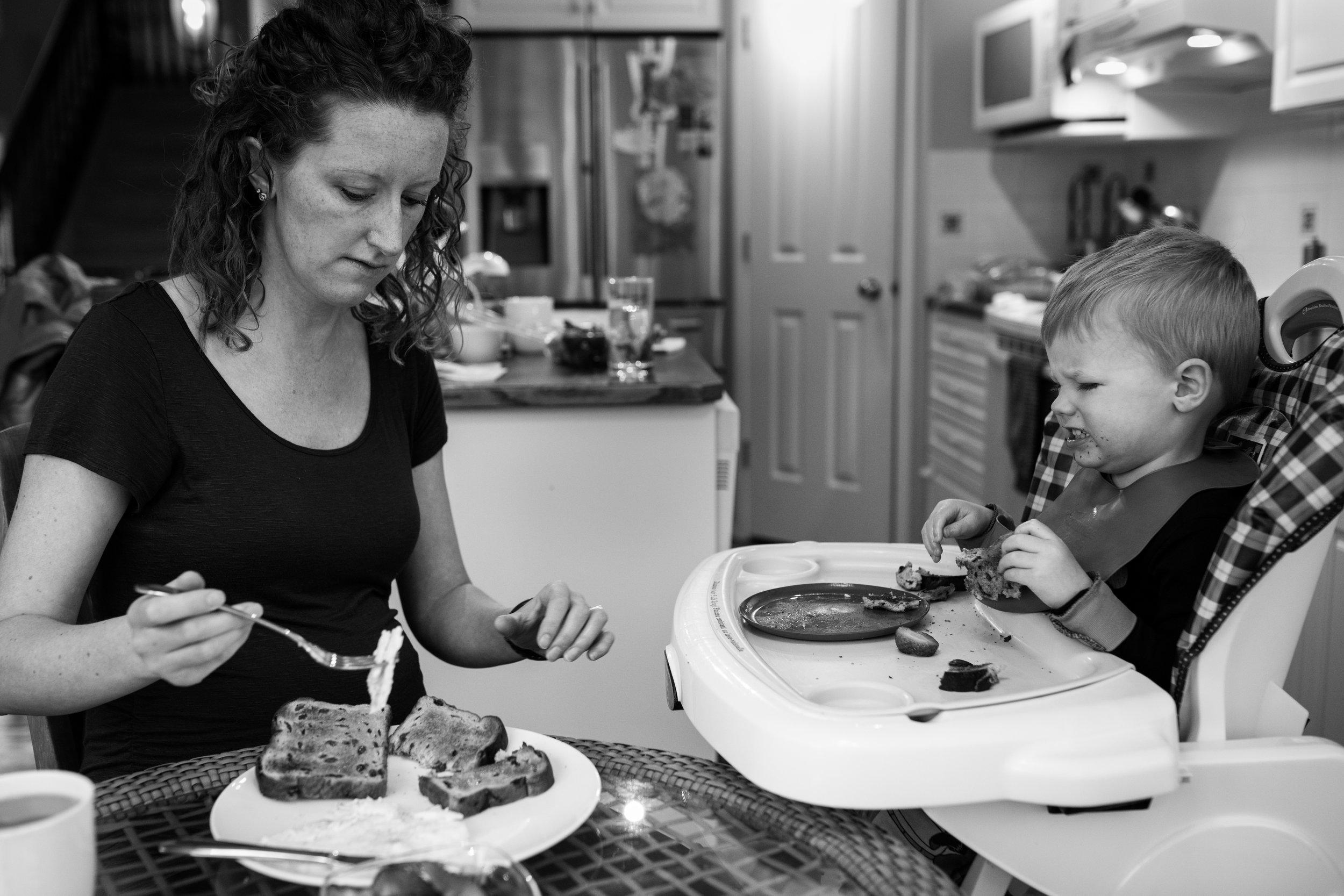 mom life breakfast