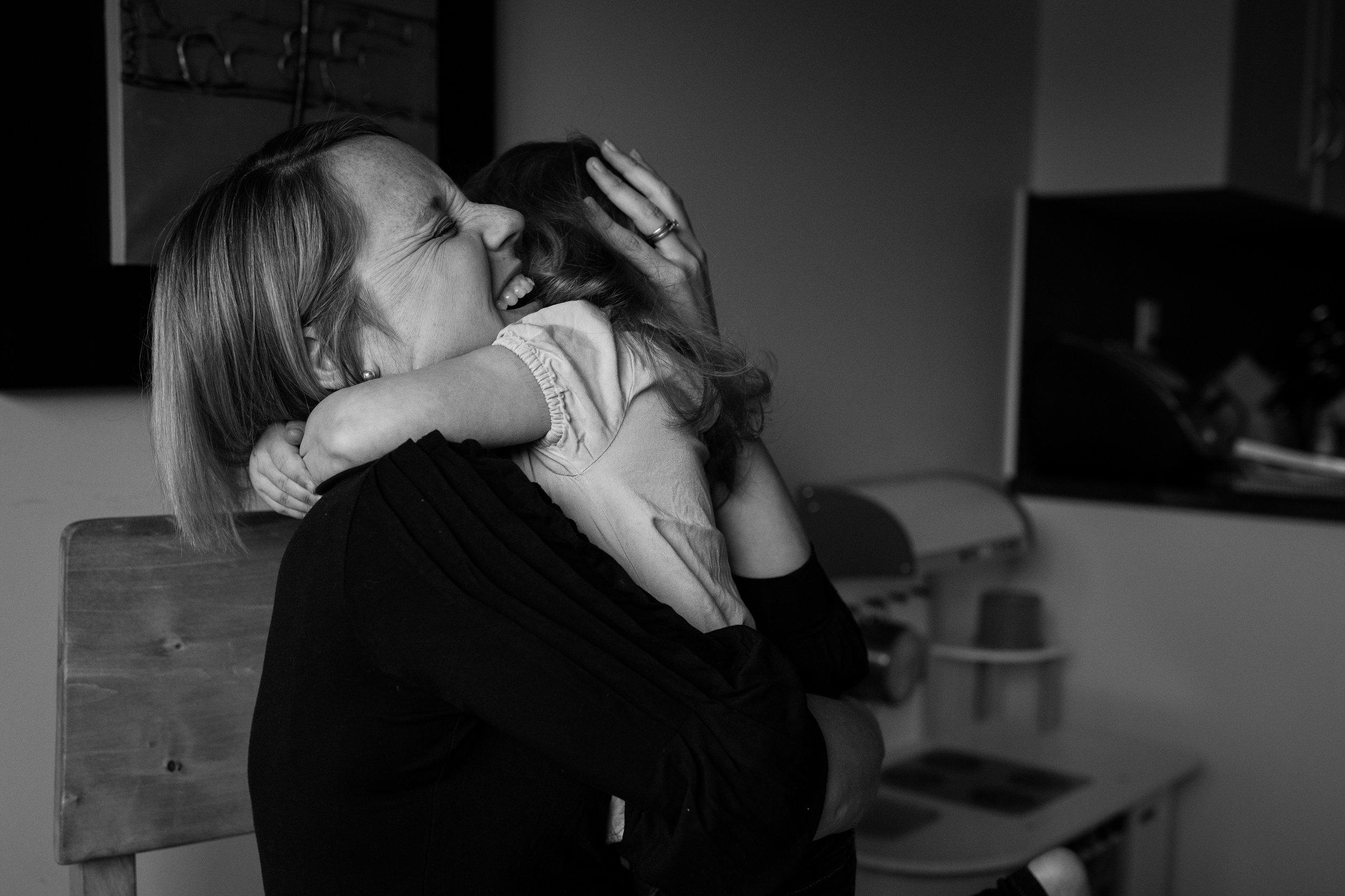 happy hugs documentary family photo