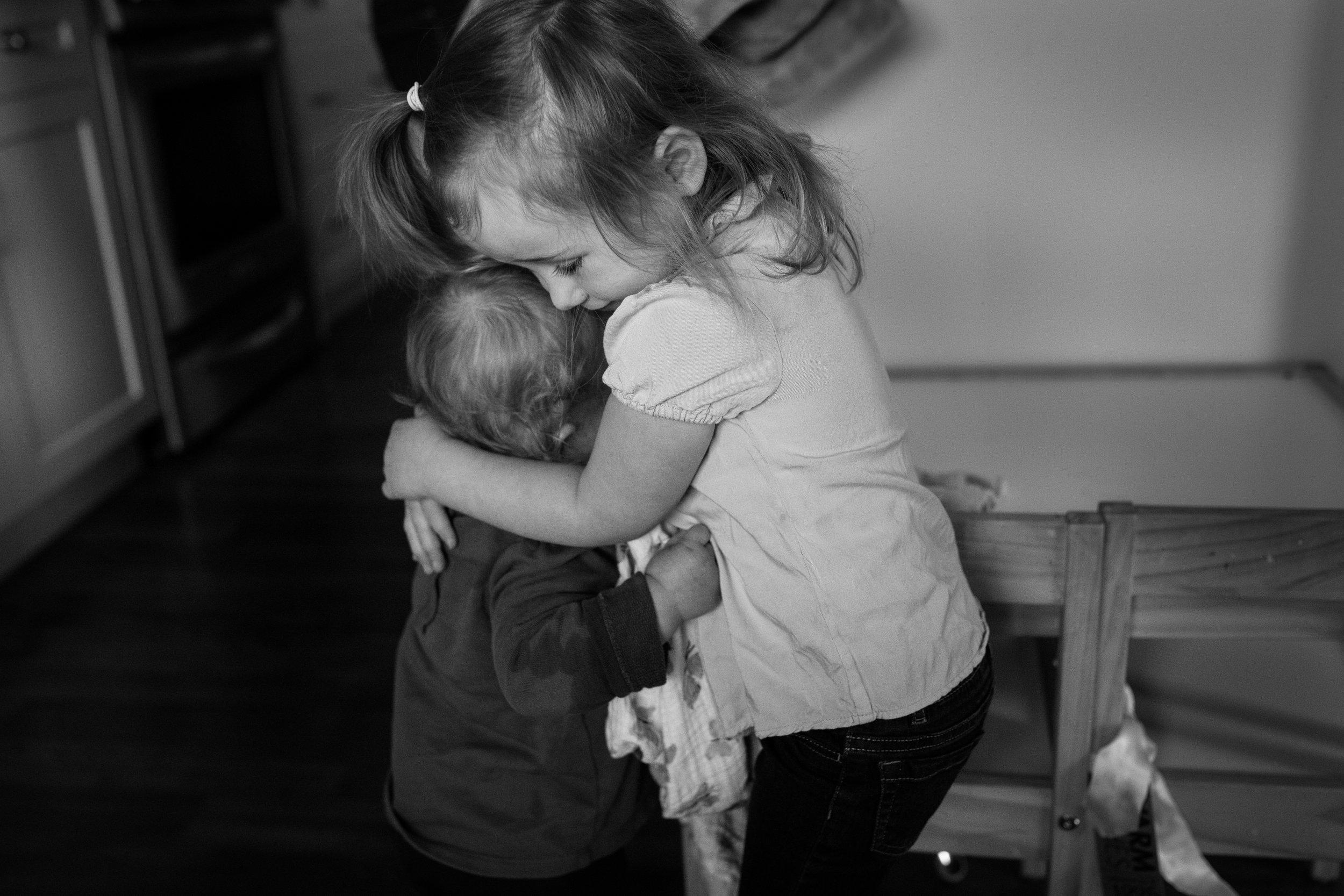 sweet sibling hugs