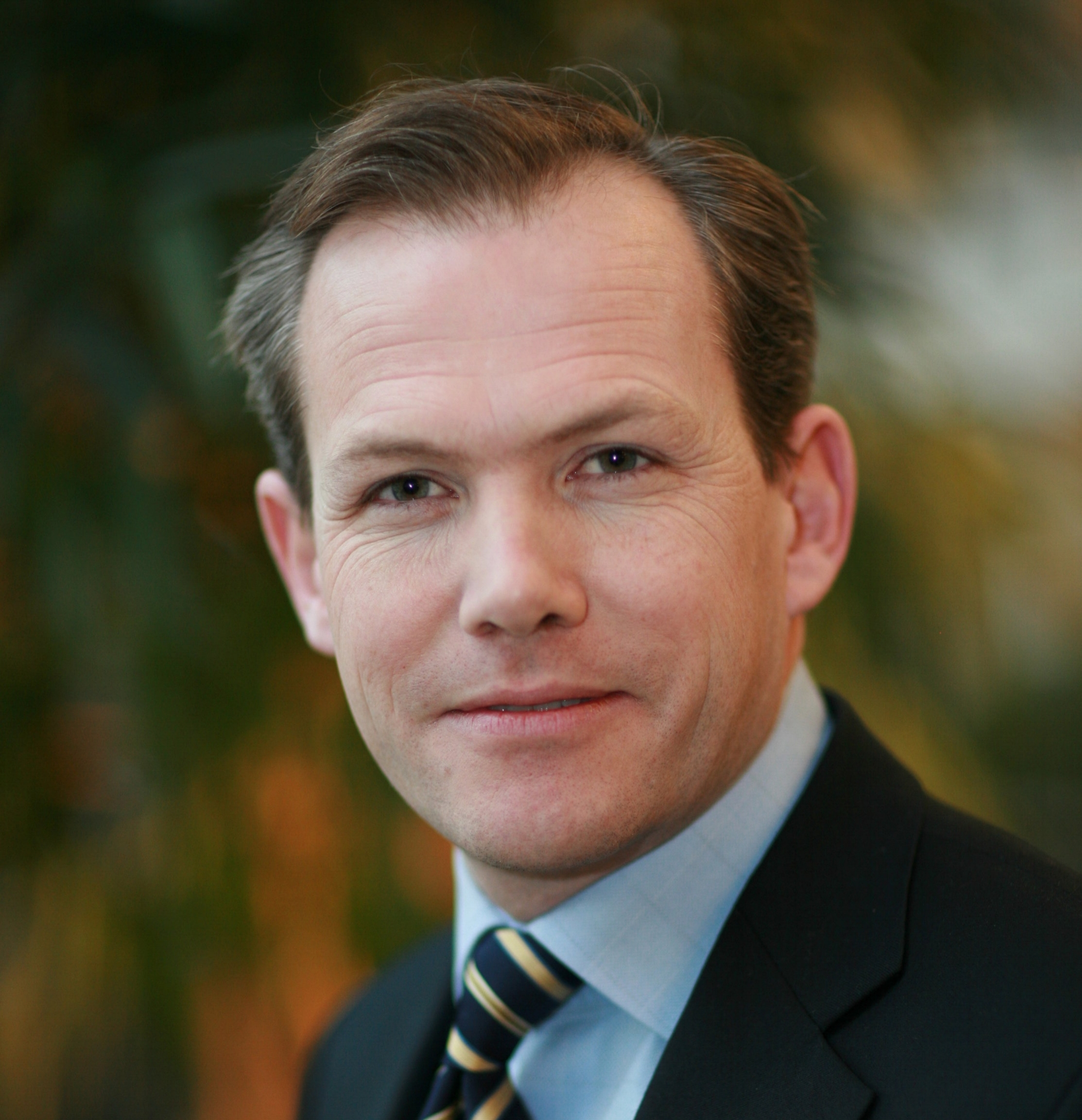 Charles Jameson (President)  Background of BD management roles in telecom and IoT (Telia, Speedy Tomato, Halebop, SiMobil, Alfa Laval). Senior Advisor at Analysys Mason. Currently leading Electrolux's IoT development in connected serviceability.